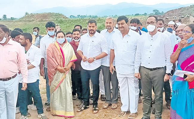Anil Kumar Yadav Says Neradi Barrage To Be Completed By 2024 - Sakshi