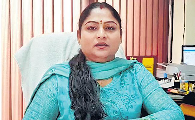 Karnam Malleswari Made First V C Of Delhi Sports University  - Sakshi