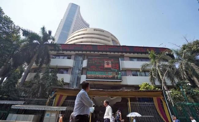 Sensex Ends Flat with Negative Bias, Nifty Closes at 15763 - Sakshi