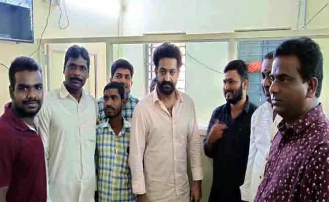 Jr NTR Spotted In Shanka Palli MRO Office, Pics Goes Viral - Sakshi
