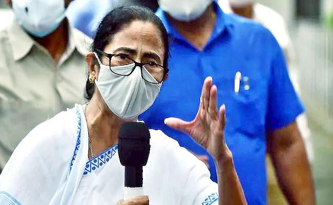 Democracy must survive says Mamata promises more Delhi visits - Sakshi
