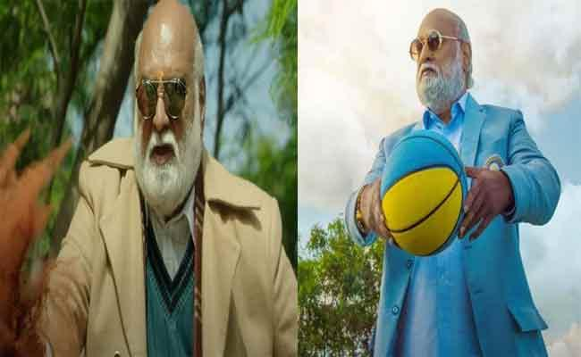 Director Raghavendra Rao Turned As Actor In PelliSandadi - Sakshi