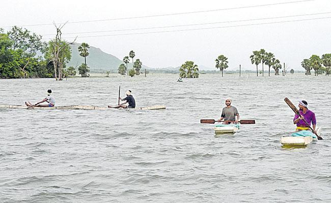 Photo Feature in Telugu: Fishing Gullakota, Khammam Mirchi, BB Peta School - Sakshi