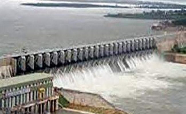 Telangana Government Ready To Start 16 Ethipothala Projects For Nalgonda - Sakshi