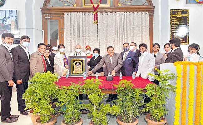 TS HC Hima Kohli Lauds Justice CH Kodandaram Farewell Meeting - Sakshi