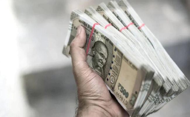 TS SC Corporation Said Dalita Bandhu Will Given To Quick Income Business - Sakshi