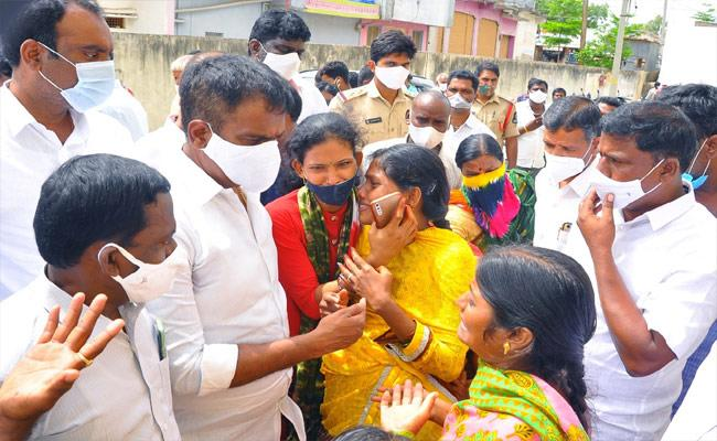 Nagar Kurnool: In Last Six Months Four Of A Family Lost Life - Sakshi