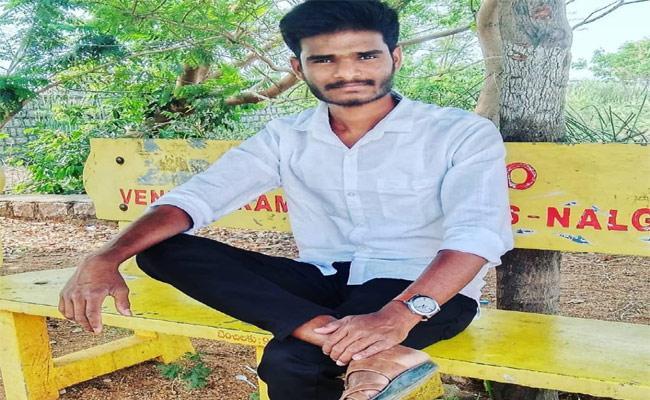 Young Boy Self Destruction In Rangareddy - Sakshi