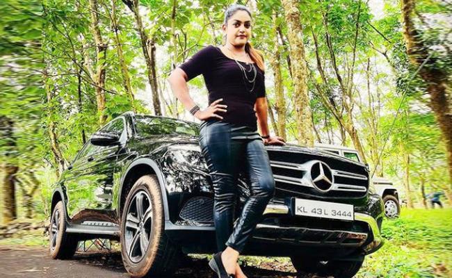 Karthika Deepam Serial Fame Premi Viswanath Act In Malayam Serial - Sakshi