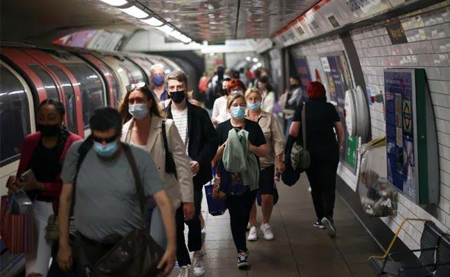 Face Mask And Social Distancing Rules Will Be Changing On July 19 In England - Sakshi