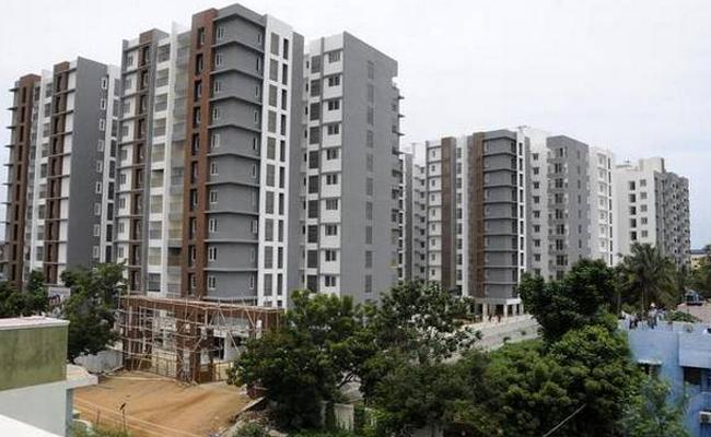 House sales In Hyderabad Going Down Said By JLL India Report - Sakshi