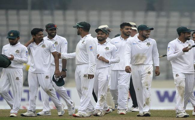 Bangladesh reach 294 for 8 at stumps - Sakshi
