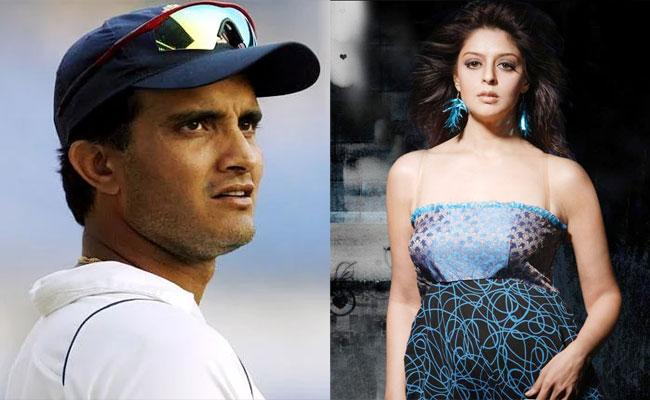 Actress Nagma And Sourav Ganguli Relation And Break Up Story Goes Viral - Sakshi