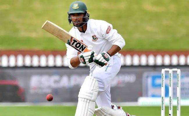 8th Nuber Batsman Mahmudullah 150 Notout Bangladesh Big Score Vs Zimbabwe - Sakshi