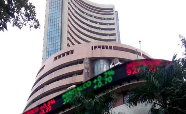 Stock Market: Nifty Ends Below 15700, Sensex Falls 182 Pts - Sakshi