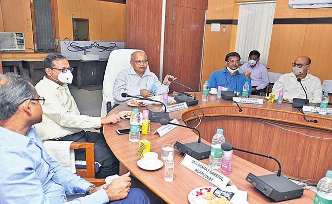 Naresh Salecha Praises Walther railway Division - Sakshi