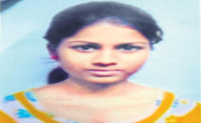 Girl Missing Mystery In Hyderabad - Sakshi