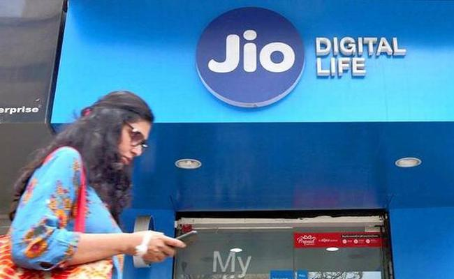 Reliance Jio is offering Buy 1, Get 1 Free offer   - Sakshi