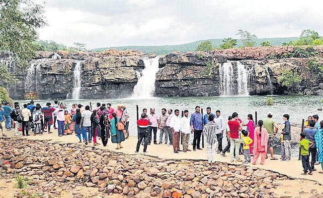 Photo Feature in Telugu: Bogatha Waterfall, Mahabub Ghat, Jurala Project - Sakshi