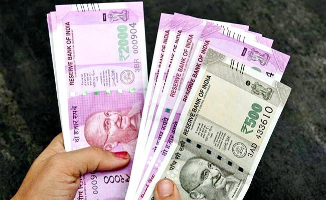 These Are Playing Key Role While Filing Income Tax - Sakshi