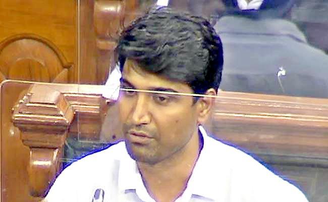 YSRCP MP Sri Krishnadevaraya Talk On Extra Water Usage Of Telangana - Sakshi