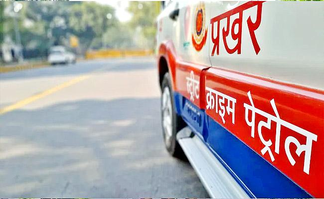 Delhi Woman Sub Inspector Arrested Molestation Accused by Luring Him on Facebook - Sakshi