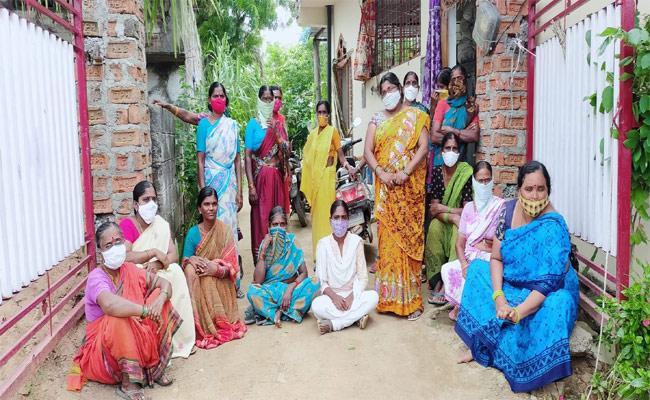 Husband Extra marital Affair With Girl Mystery In Warangal - Sakshi
