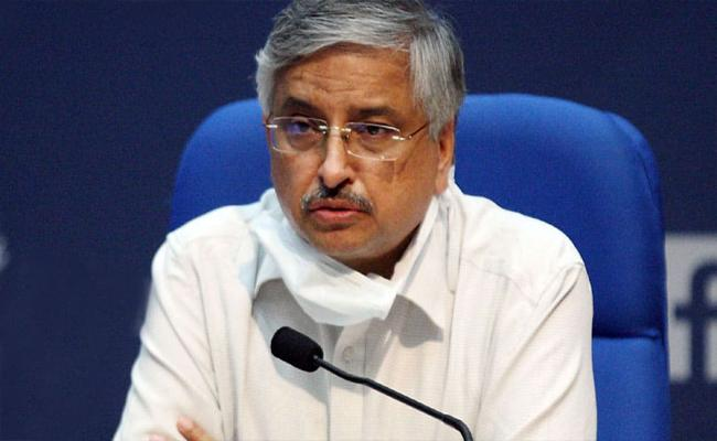Cause Of Concern India Increasing R Value: AIMS Chief - Sakshi