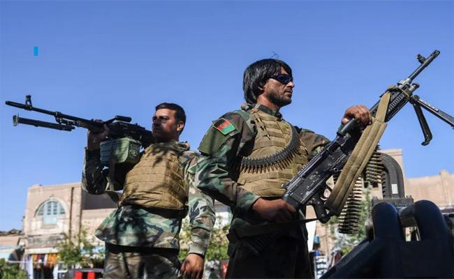 Afghanistan: Taliban Continue Attacks On Three Major CIties - Sakshi