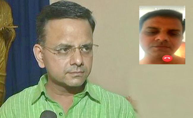 BJP Leader K T Raghavan Quits Post After Party Colleague Releases Sleaze Video - Sakshi