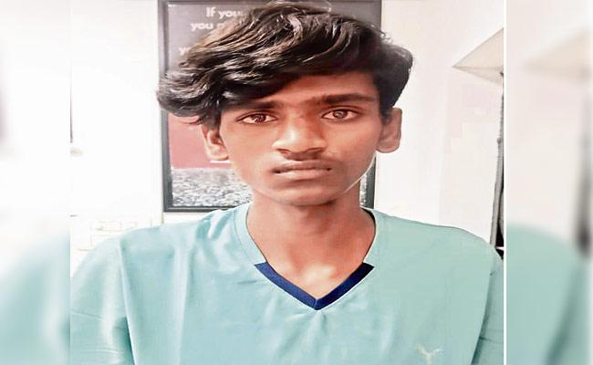 HYD: Boyfriend Held For Assassinated 19 Year Old Girlfriend In Alwal - Sakshi
