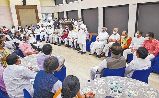 Congress Party Leader Rahul Gandhi Meeting With Opposition Leaders - Sakshi