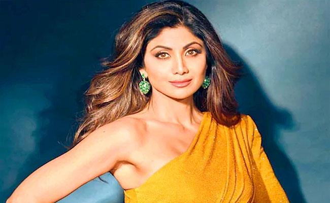 Raj Kundra Case: Shilpa Shetty To Face Huge Financial Loss - Sakshi