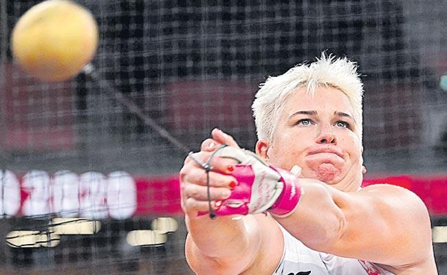Tokyo Olympics: Poland Anita Creates History 3 Consecutive Gold Medals - Sakshi
