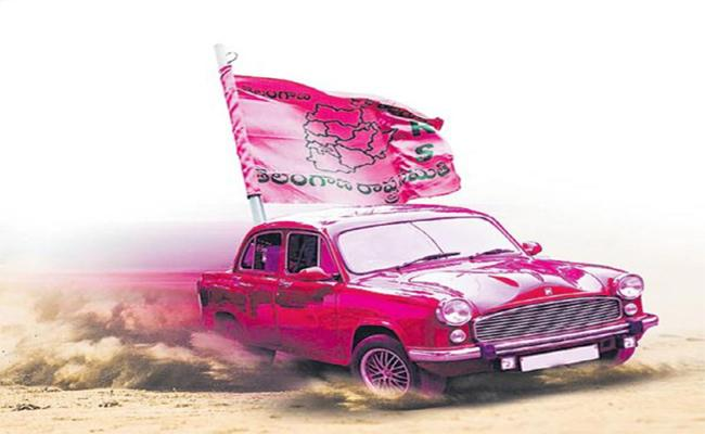 TRS Swings Into Action Churns Out Plans To Win Huzurabad - Sakshi
