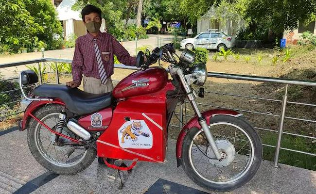 9th Class Student Build Electric Bike With Old Royal Enfield Bike Scrap - Sakshi