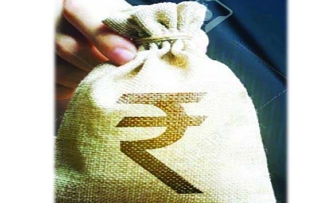 Center Green Signal For Additional Loan For 11 States Including AP - Sakshi