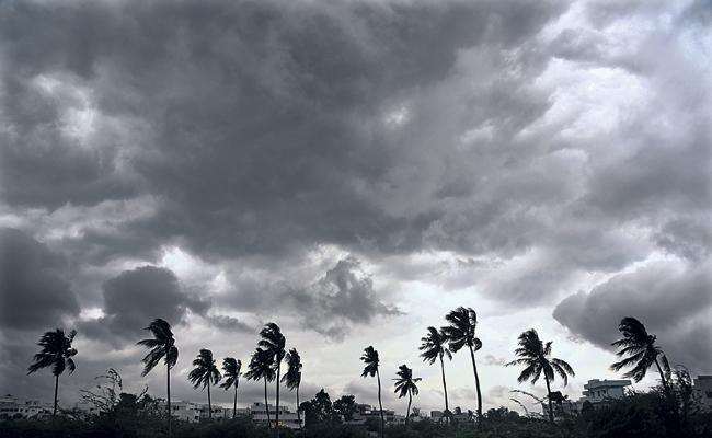 Moderate rain for two days in Andhra Pradesh - Sakshi