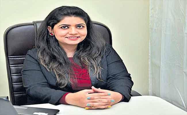 Shivani Misri Sadhoo Comments On Love And Wedding Relation - Sakshi