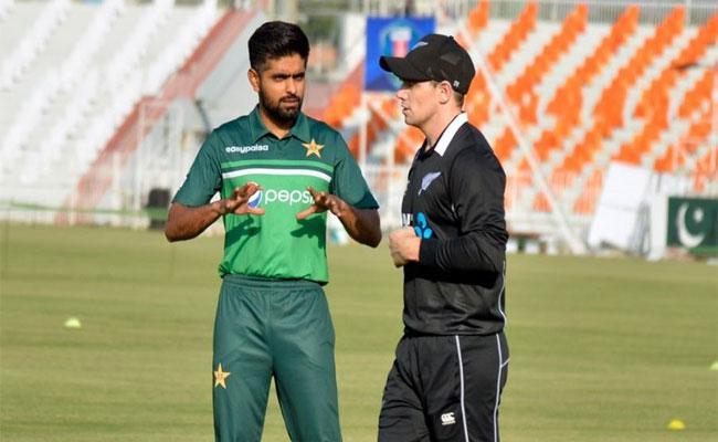 Shoaib Akhtar And Shahid Afridi Slams New Zealand Cricket Over Abandonment Of Pakistan Tour - Sakshi