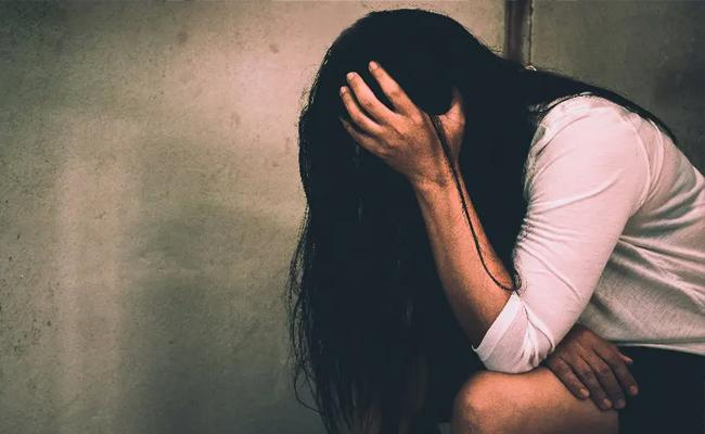 29 People Molested Minor Girl In Thane Over months - Sakshi