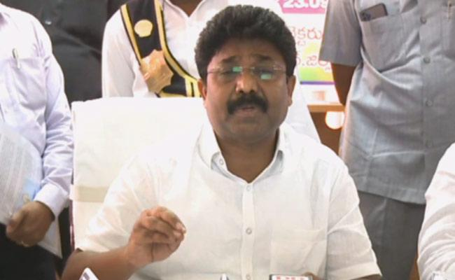 Ap: Minister Adimulapu Suresh Meeting With Officials On Education - Sakshi