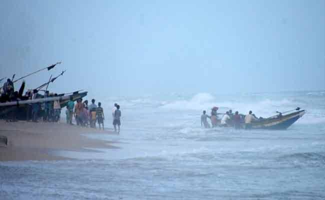 Cyclone Gulab To Make Landfall 26th September - Sakshi