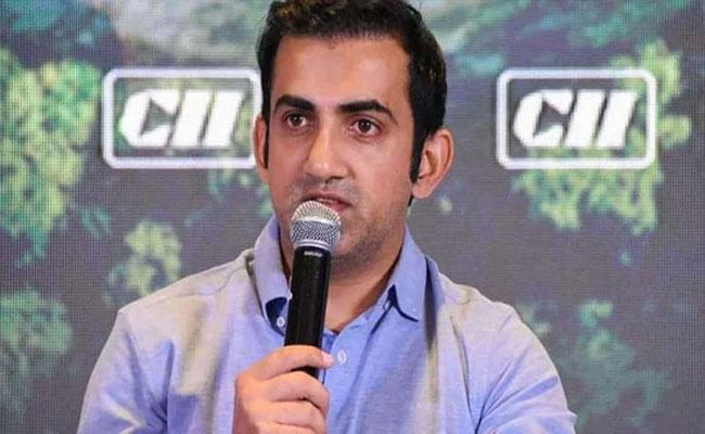 IPL 2021: Gautam Gambhir On Dhoni Batting Order After CSK Playoffs - Sakshi
