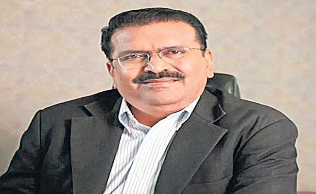 ED Freezes Shares Worth Rs 700 Crore Of Karvy Group CMD - Sakshi