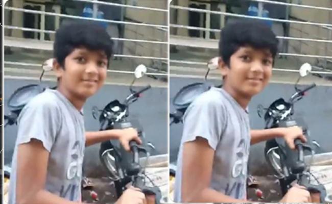 KTR Praised Paper Boy: Behind Story His Mother Plays Key Role - Sakshi