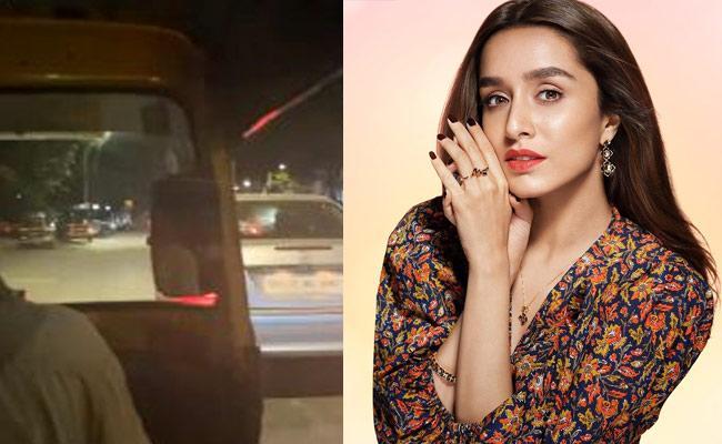 Shraddha Kapoor Enjoys Auto Ride In Mumbai Wacth Video - Sakshi