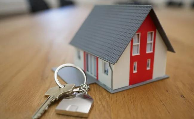 Home Seekers Looking Home Priced Between Rs 45 Lakh And 90 Lakh - Sakshi