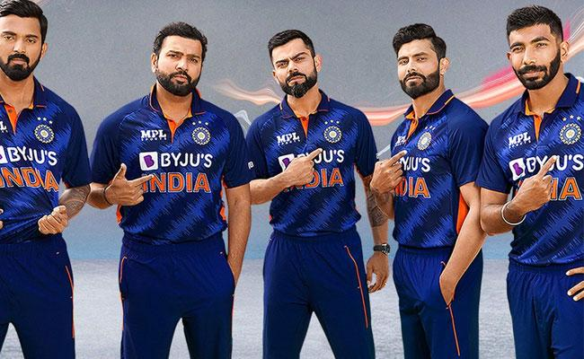 T20 World Cup 2021: BCCI Launches Team India New Jersey For Tournament - Sakshi