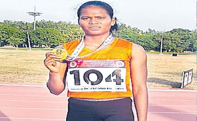 National Open 400m Championships Andhra Pradesh Kunja Rajitha Wins Gold - Sakshi